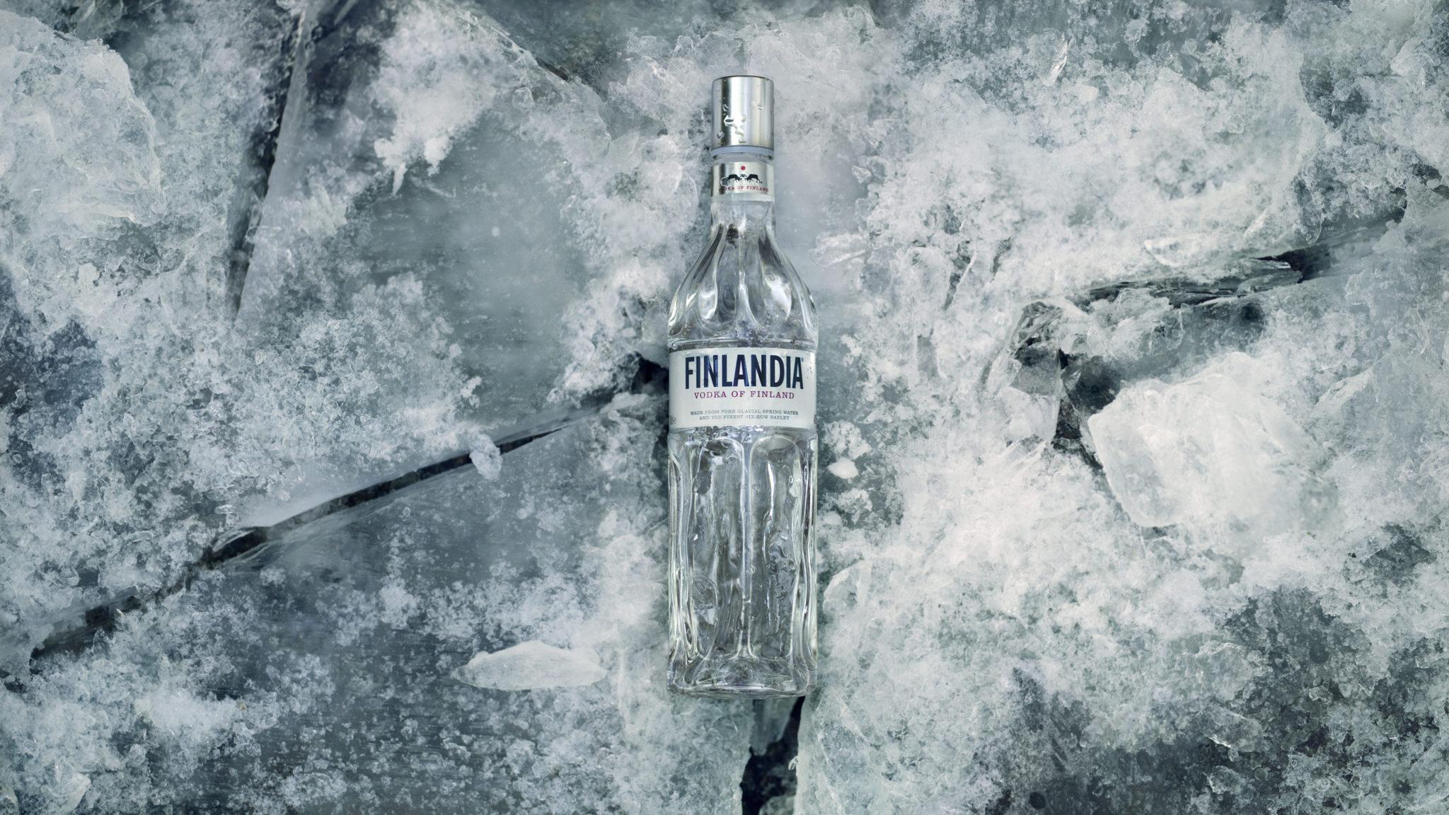 4298_Finlandia_In_Ice_r7_Crop