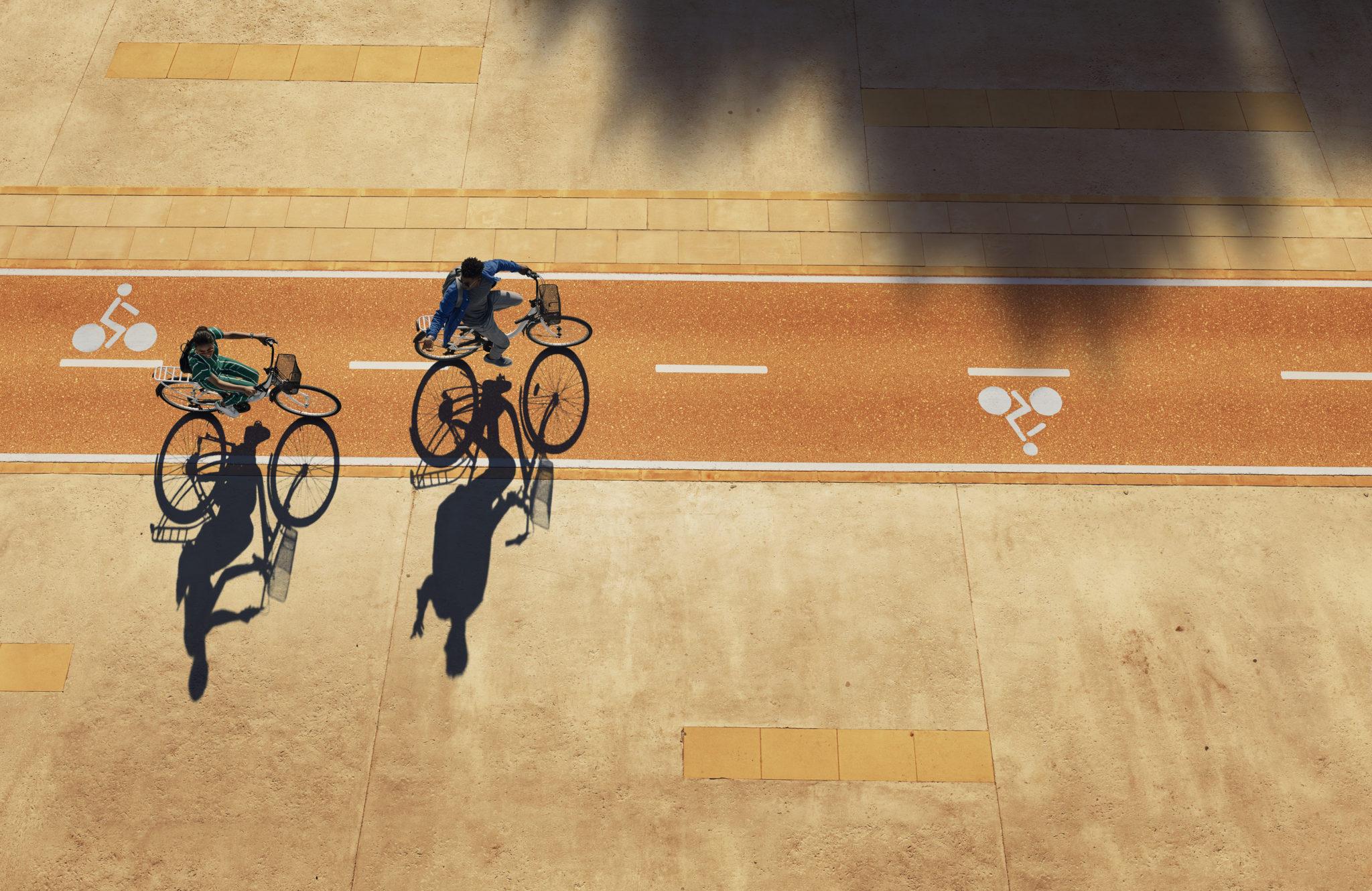 7678_Easyjet_Summer_Bikes_48s_R1