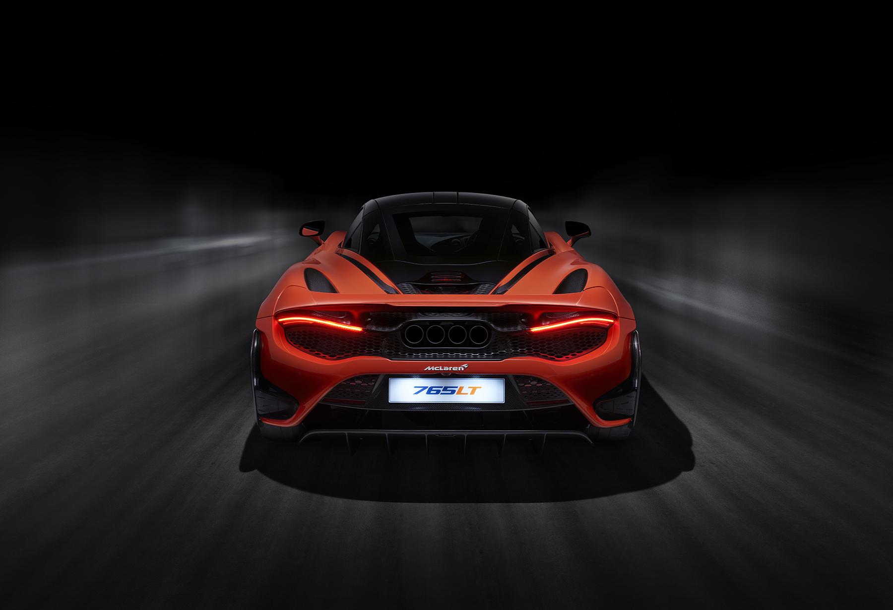 8452_McLaren_P14R_Shot_02_Rear