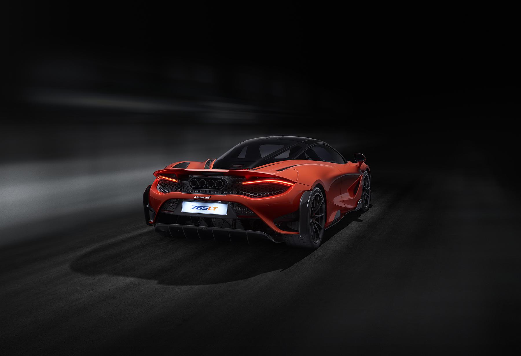 8452_McLaren_P14R_Shot_07_Rear34_R10